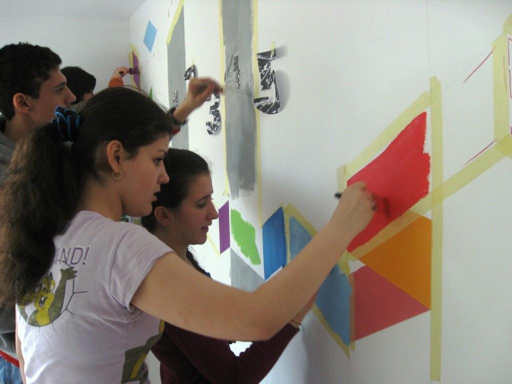 Este cool să pictăm pereți - la Liceul Mecanică Fină București